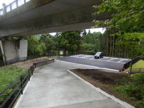 神水峡の駐車場